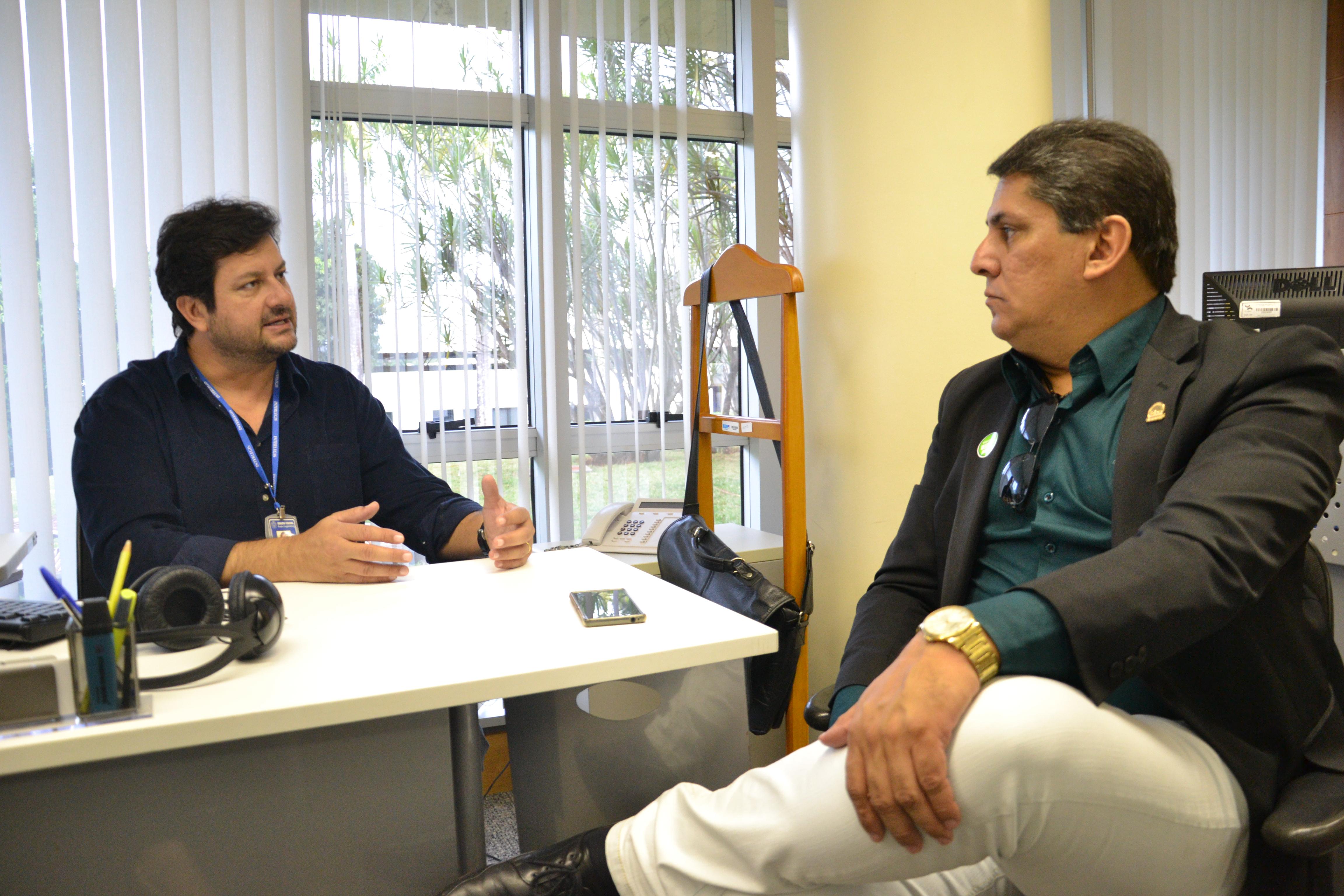 Câmara Municipal de Floresta (PE) quer oficinas e produtos Interlegis