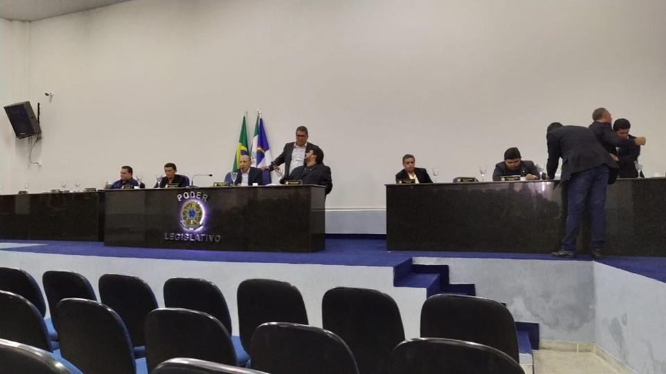 Vereadores realizam 23º Sessão Ordinária