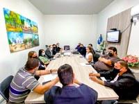 Vereadores reúnem-se com representantes do Conselho Tutelar do município